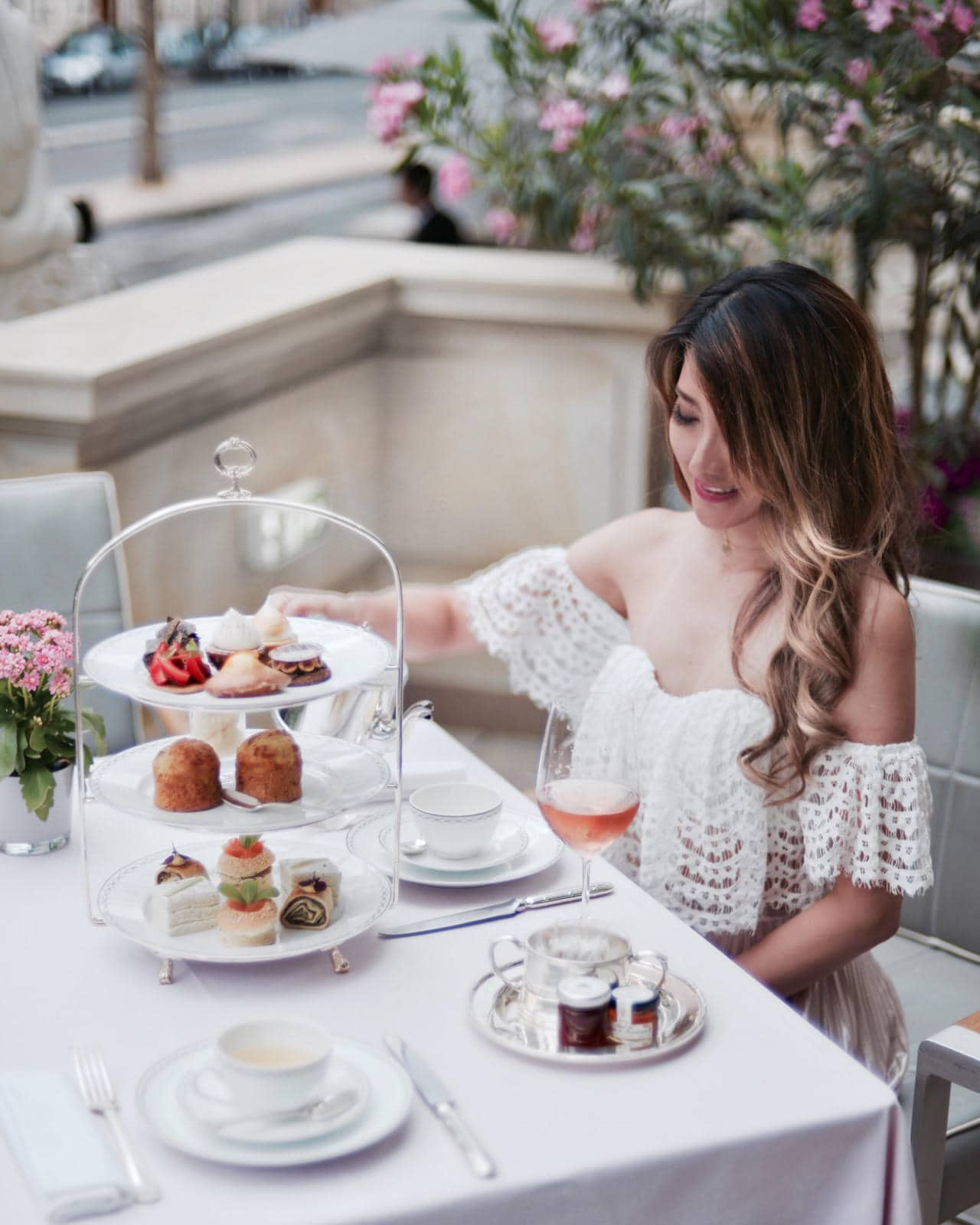 Afternoon Tea at Le Lobby The Peninsula Paris